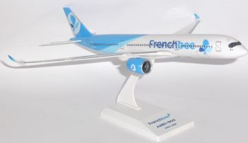 Airbus A350-900 French Bee (French Blue) Socatec Collectors Model Scale 1:200 E